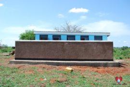 drop-in-the-bucket-uganda-ongicia-primary-school-lira-africa-water-well-03