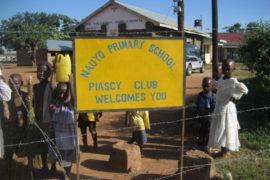 drop-in-the-bucket-uganda-completed-wells-nauyo-primary-school-001