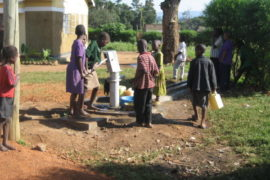 drop-in-the-bucket-uganda-completed-wells-nauyo-primary-school-002