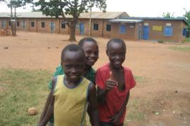 drop-in-the-bucket-uganda-completed-wells-nauyo-primary-school-003