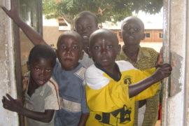 drop-in-the-bucket-uganda-completed-wells-nauyo-primary-school-008