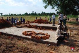 drop-in-the-bucket-charity-africa-uganda-maundo-primary-school-water-well-photos-08