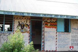 drop-in-the-bucket-charity-africa-uganda-maundo-primary-school-water-well-photos-14