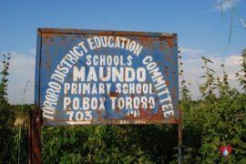 drop-in-the-bucket-charity-africa-uganda-maundo-primary-school-water-well-photos-26