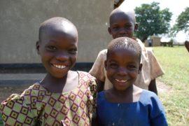 drop in the bucket africa water wells uganda kidilani primary school-0423