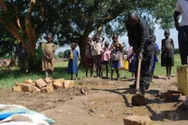 drop in the bucket africa water wells uganda kidilani primary school-0447
