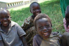 drop in the bucket africa water wells uganda kidilani primary school-0510