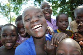 drop in the bucket africa water wells uganda kidilani primary school-0559