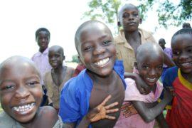 drop in the bucket africa water wells uganda kidilani primary school-0560