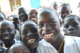 drop in the bucket africa water wells uganda kidilani primary school-0776