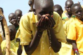 water wells africa south sudan drop in the bucket gukic primary school-111