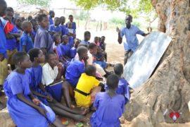 waterwells africa uganda drop in the bucket amusia primary school-131