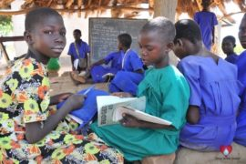 waterwells africa uganda drop in the bucket amusia primary school-144