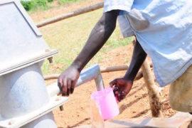 waterwells_africa_uganda_dropinthebucket_dokolokamudaprimaryschool-112