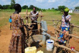 waterwells_africa_uganda_dropinthebucket_dokolokamudaprimaryschool-167