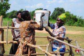 waterwells_africa_uganda_dropinthebucket_dokolokamudaprimaryschool-173