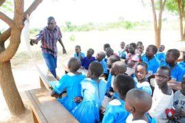 waterwells_africa_uganda_dropinthebucket_dokolokamudaprimaryschool-40