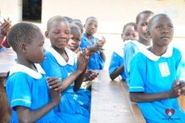 waterwells_africa_uganda_dropinthebucket_dokolokamudaprimaryschool-58