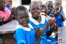 waterwells_africa_uganda_dropinthebucket_dokolokamudaprimaryschool-68
