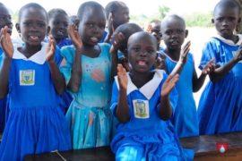 waterwells_africa_uganda_dropinthebucket_dokolokamudaprimaryschool-69