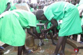 water wells africa south sudan drop in the bucket iluhum primary school-45