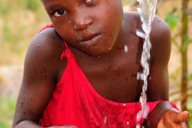 water wells africa uganda drop in the bucket kalengo community-15