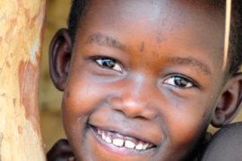 water wells africa uganda drop in the bucket kalengo community-25