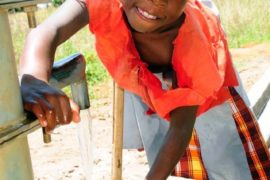 drop in the bucket africa water wells uganda akareu community-23