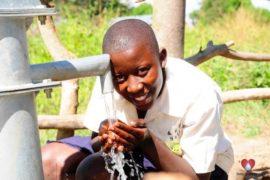 waterwells africa uganda drop in the bucket amusia ajesa-08