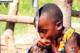 waterwells africa uganda drop in the bucket amusia ajesa-10