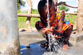 waterwells africa uganda drop in the bucket amusia ajesa-14