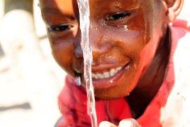 waterwells africa uganda drop in the bucket amusia ajesa-24