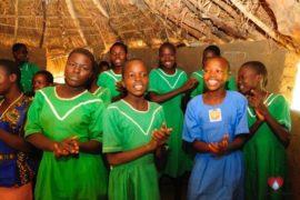 waterwells africa uganda drop in the bucket alilioi primary school-10
