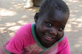 waterwells africa uganda drop in the bucket alilioi primary school-137