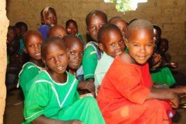 waterwells africa uganda drop in the bucket alilioi primary school-17