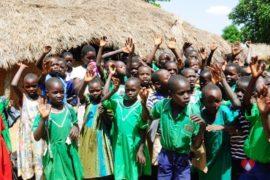 waterwells africa uganda drop in the bucket alilioi primary school-201