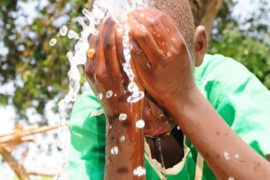 waterwells africa uganda drop in the bucket alilioi primary school-36