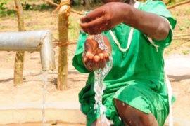 waterwells africa uganda drop in the bucket alilioi primary school-44