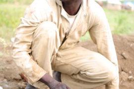 water wells africa south sudan drop in the bucket kololo primary school-08