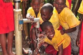 waterwells_africa_uganda_dropinthebucket_kiboobavillageorphanagecarecenter76