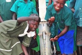 water wells africa uganda drop in the bucket olwelai kamuda primary school-34