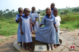 water wells africa uganda drop in the bucket st kizito kyamugulum primary school-08