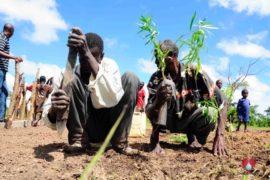 drop in the bucket africa water wells uganda erimia otutun community charity-08
