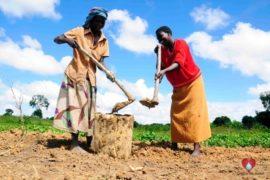 drop in the bucket africa water wells uganda erimia otutun community charity-15