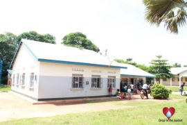 Drop-in-the-Bucket-Uganda-water-well-Awee-Health-center10